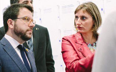 El coronavirus es passeja per la sala de coordinació d'emergències sanitàries de Catalunya